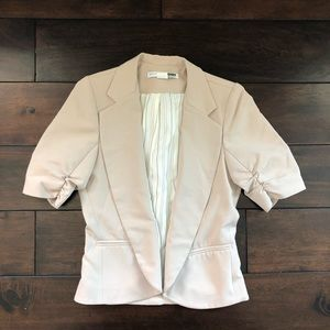 Cute tailored jacket with ruched sleeves!